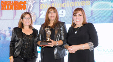 SILVIA RODRIGUEZ AWARDED '2019 MINING WOMAN OF THE YEAR'