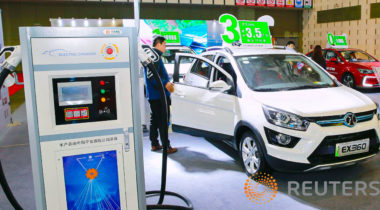 China says no significant cut in new energy vehicle subsidies in 2020